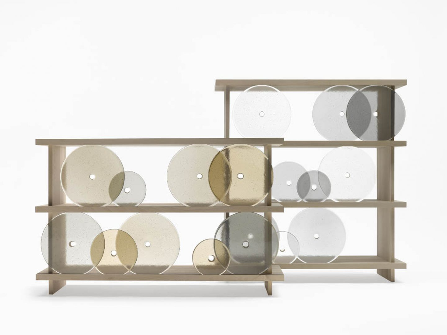 Dilmos-rotating-disk shelf01
