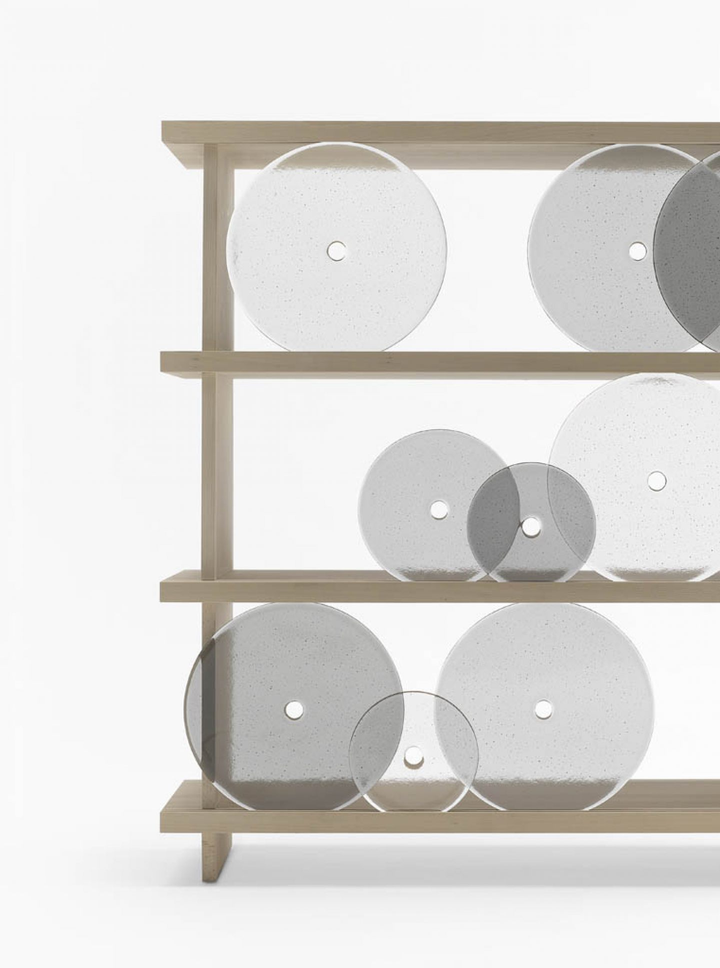 Dilmos-rotating-disk shelf02