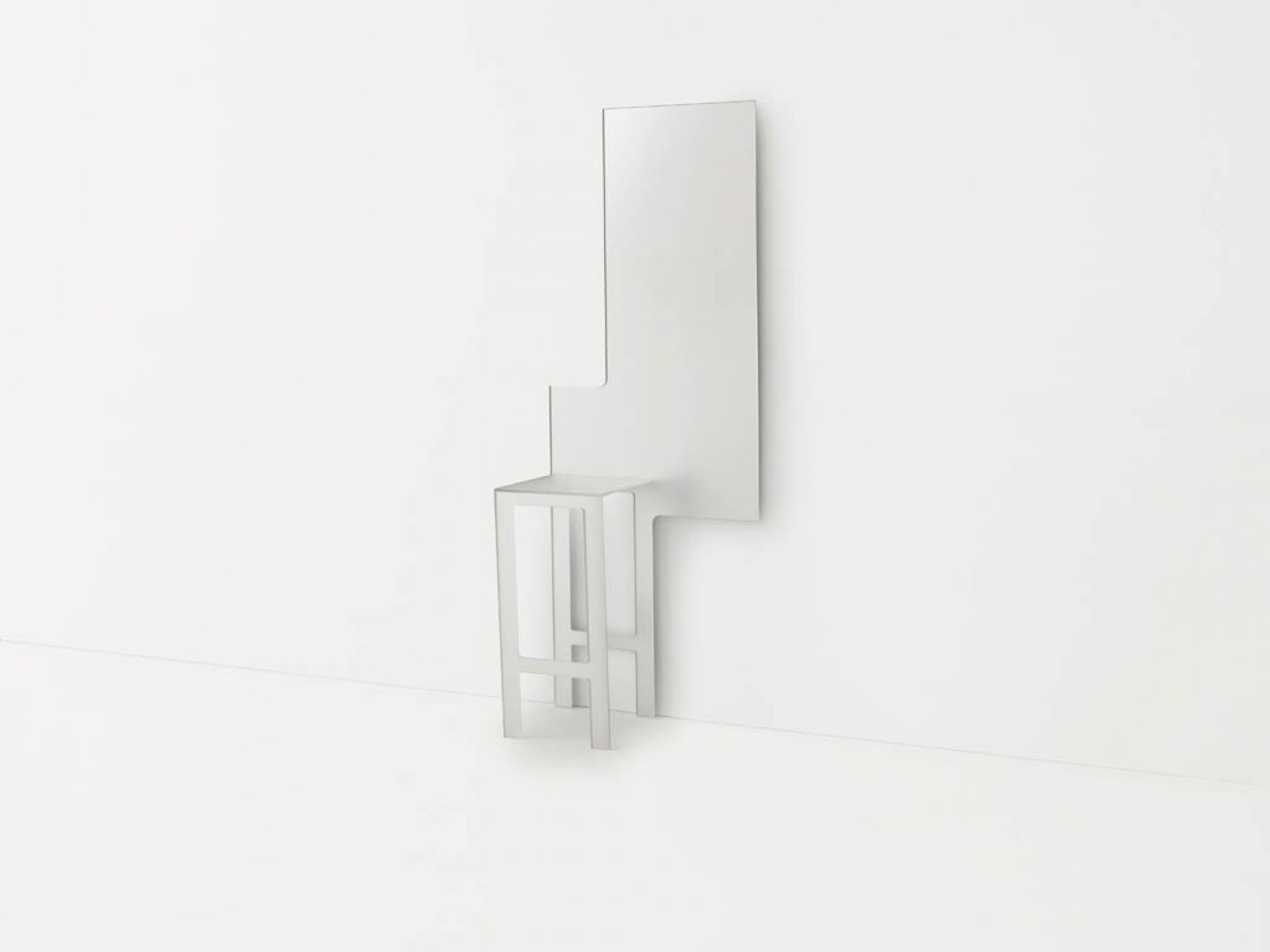 Dilmos-mirror-chair01